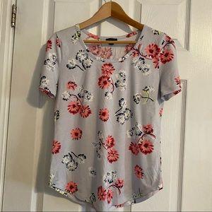 Ann Taylor Light Blue Floral Short Sleeve T-Shirt